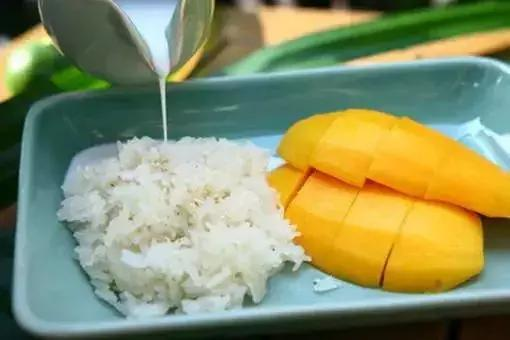 去泰国旅游这些小吃一定要品尝